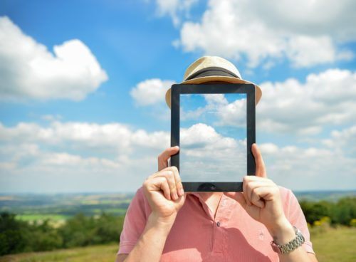 Five key reasons for using cloud-hosted VoIP